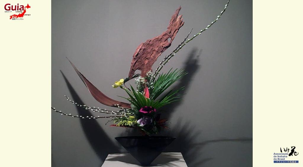 Ikebana - 13 Rangkaian Bunga