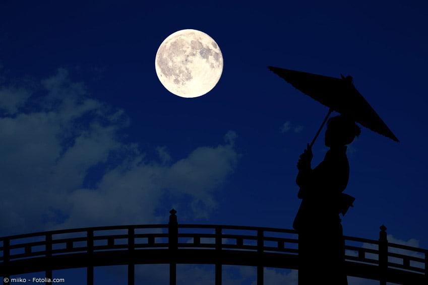JUGOYA - Noche de luna llena 1