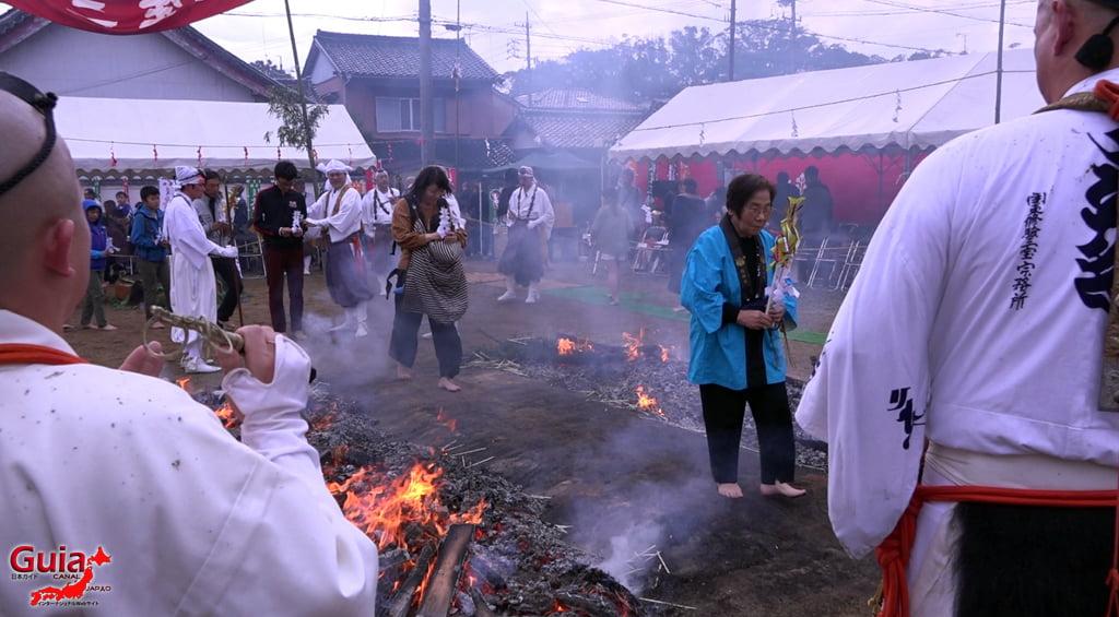 เทศกาล Kashyouzanmai (ไฟศักดิ์สิทธิ์) Toyohashi 38