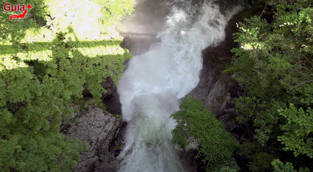 Narusawa Waterfall 3
