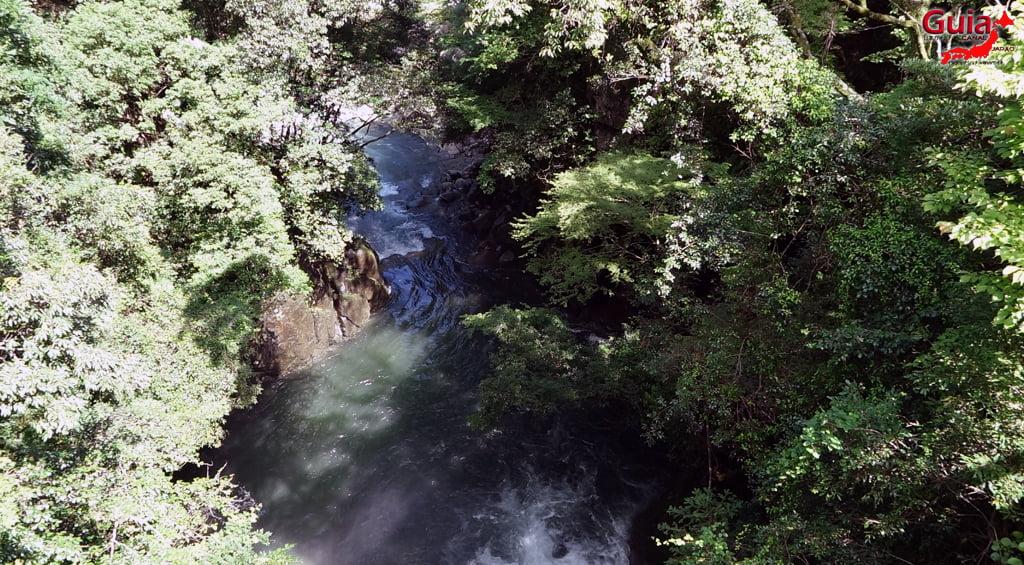 Narusawa Waterfall 7