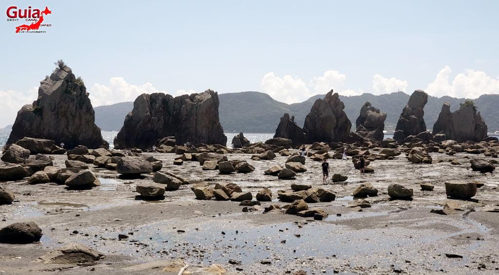 Hashigui-iwa rocks 11