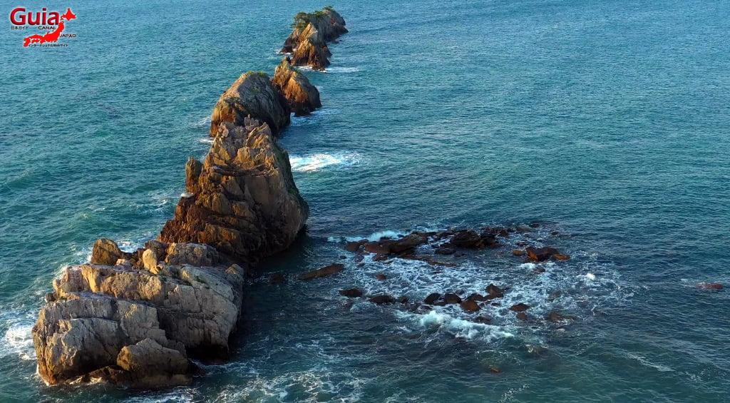 Hashigui-iwa rocks 17