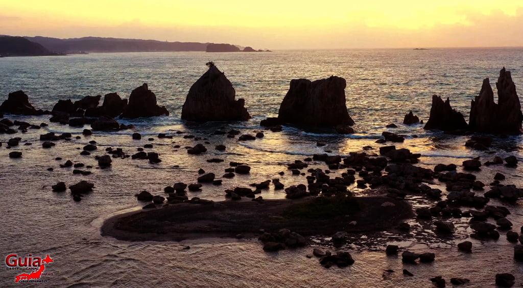 Hashigui-iwa rocks 19