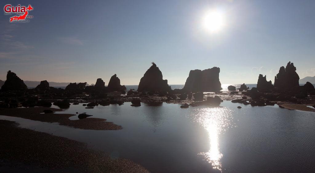 Hashigui-iwa rocks 20