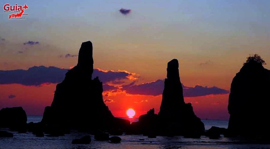 Hashigui-iwa rocks 21