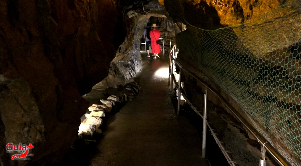 Caverna Ryugashido 13