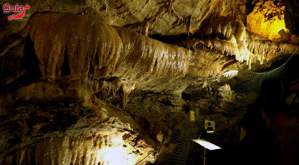 ریوگشیڈو غار 24