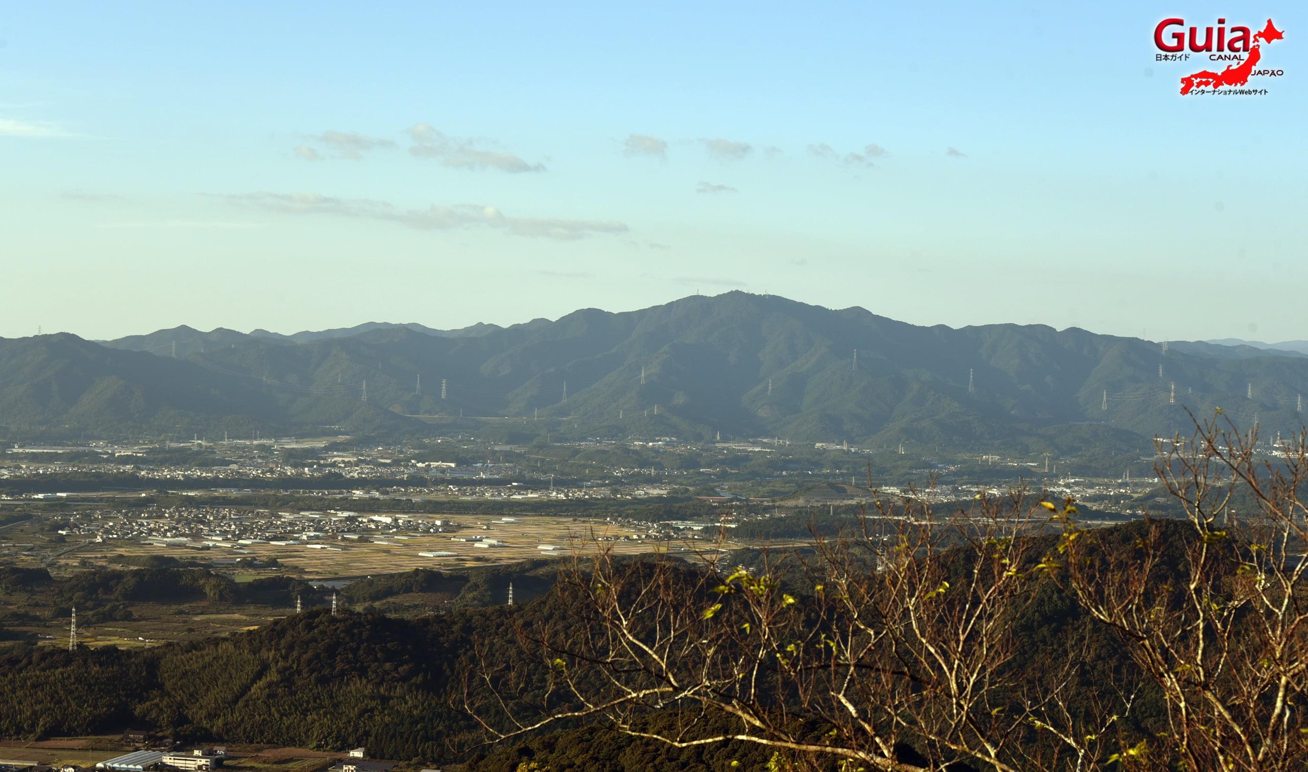 پہاڑ اشیمکی۔ میراira 10
