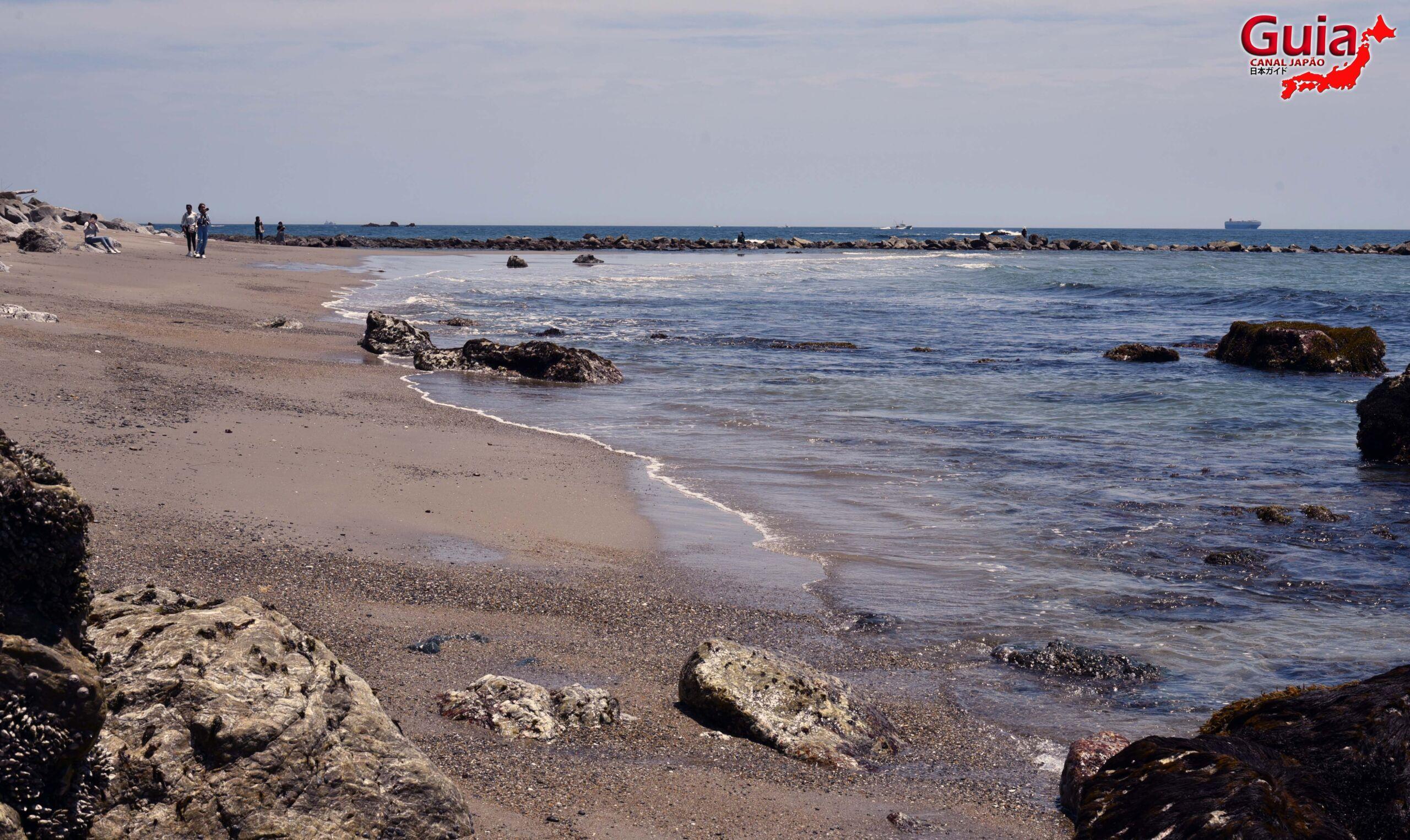 Praia Koijigahama, Farol do cabo Irago, Santuário do Amor e a Pedra de Hiji 24