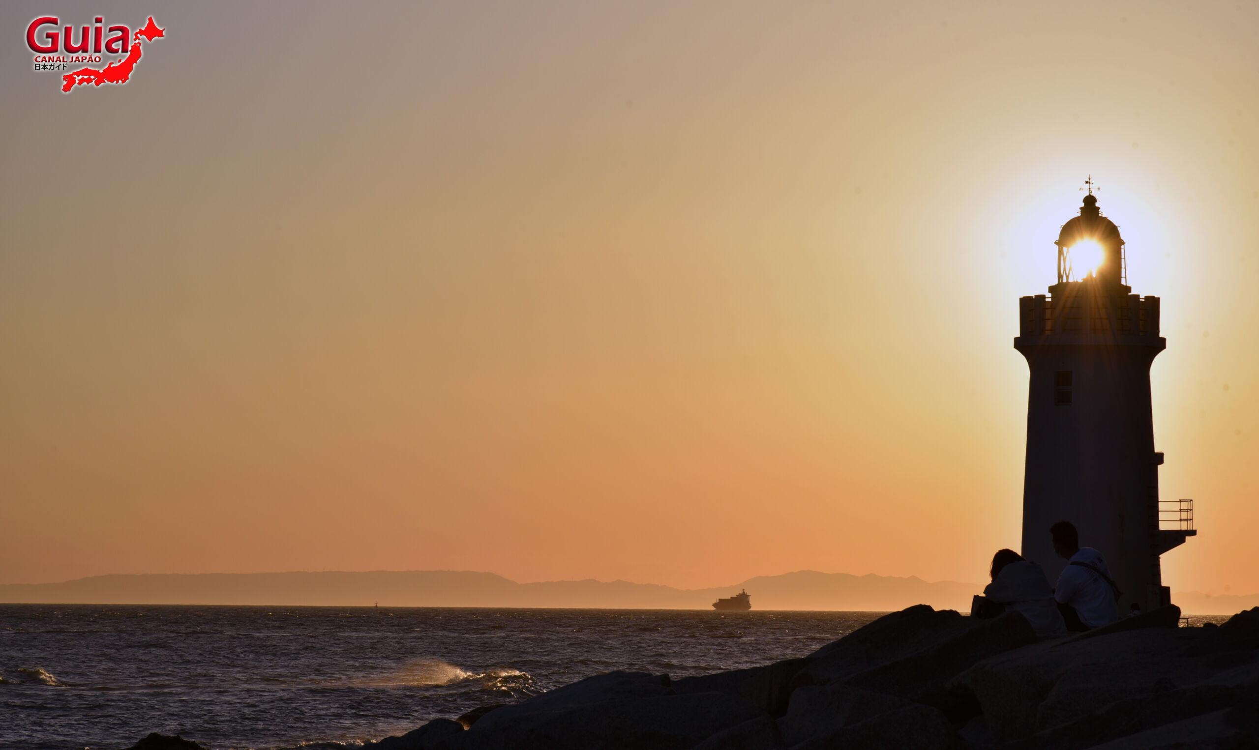 Praia Koijigahama, Farol do cabo Irago, Santuário do Amor e a Pedra de Hiji 28
