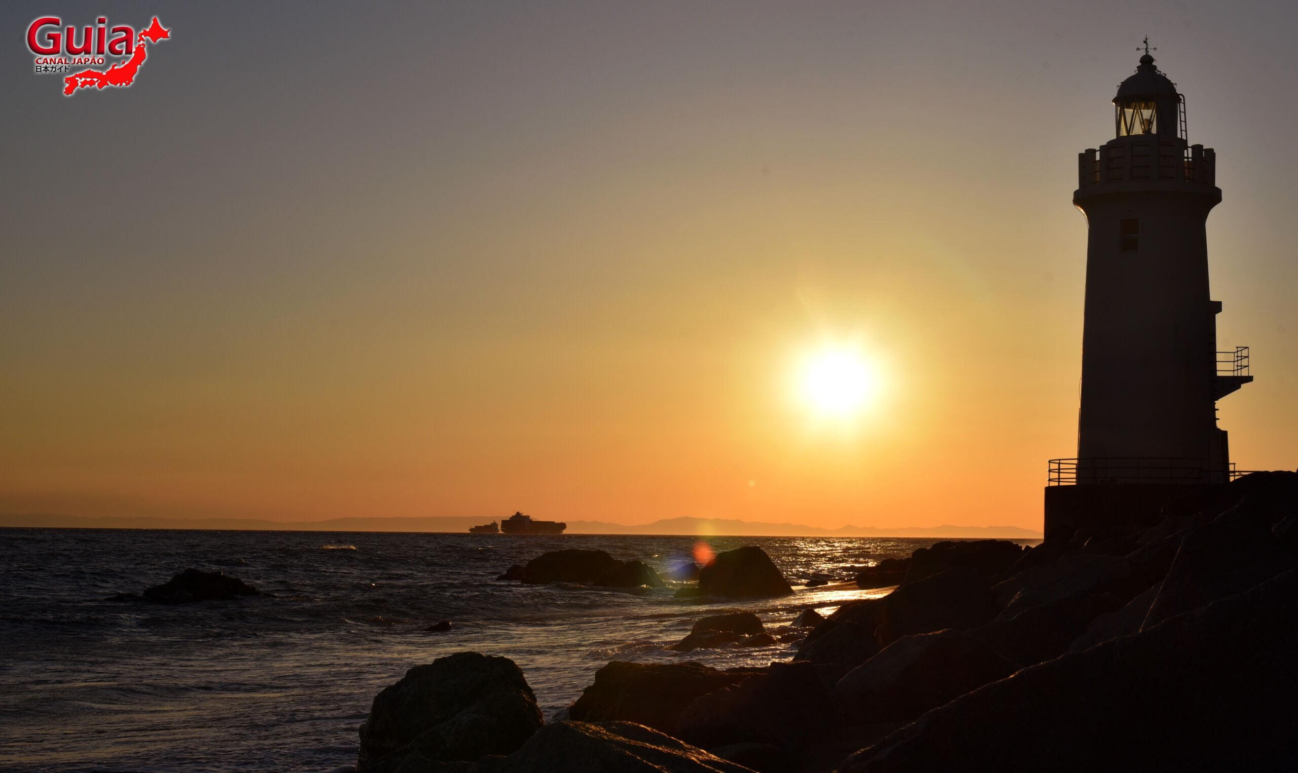Praia Koijigahama, Farol do cabo Irago, Santuário do Amor e a Pedra de Hiji 30