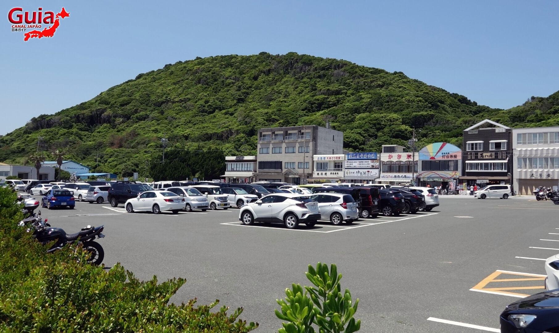 Praia Koijigahama, Farol do cabo Irago, Santuário do Amor e a Pedra de Hiji 48