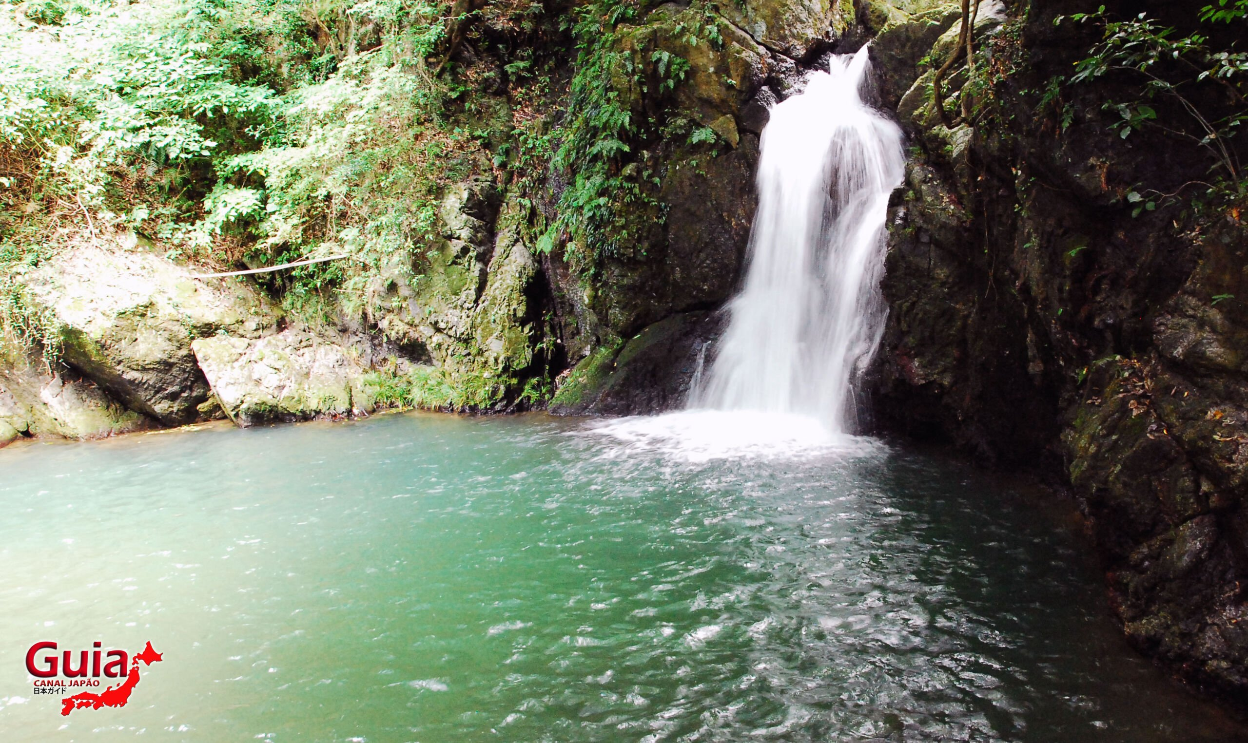 Cachoeira Sengen - 仙厳の滝 3