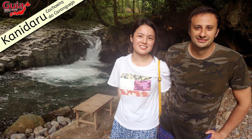 Photo Gallery de Estrangeiros nas Cachoeiras do Japão 30