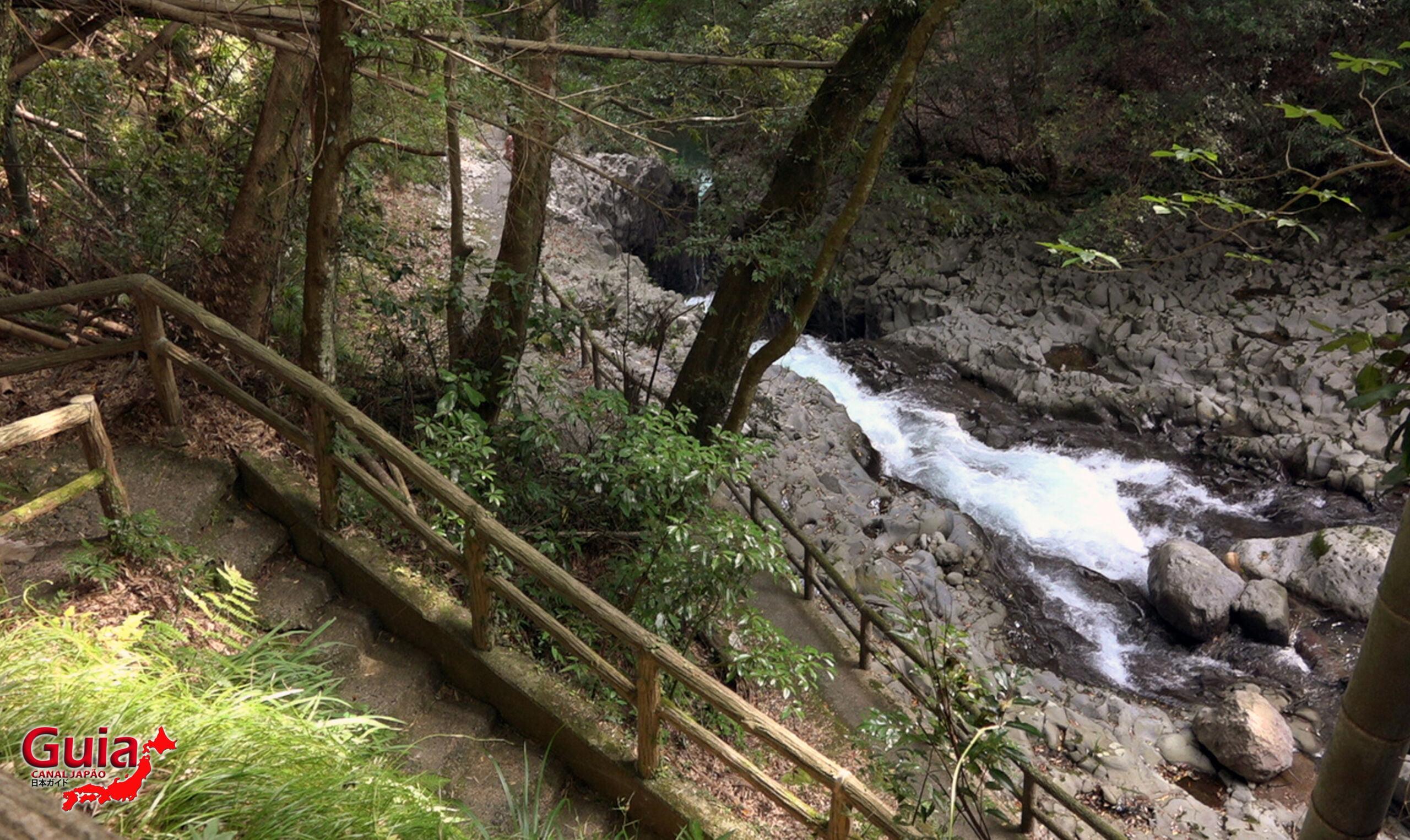 7 Cachoeira de Kawazu Nanadaru - 河津 七 滝 11
