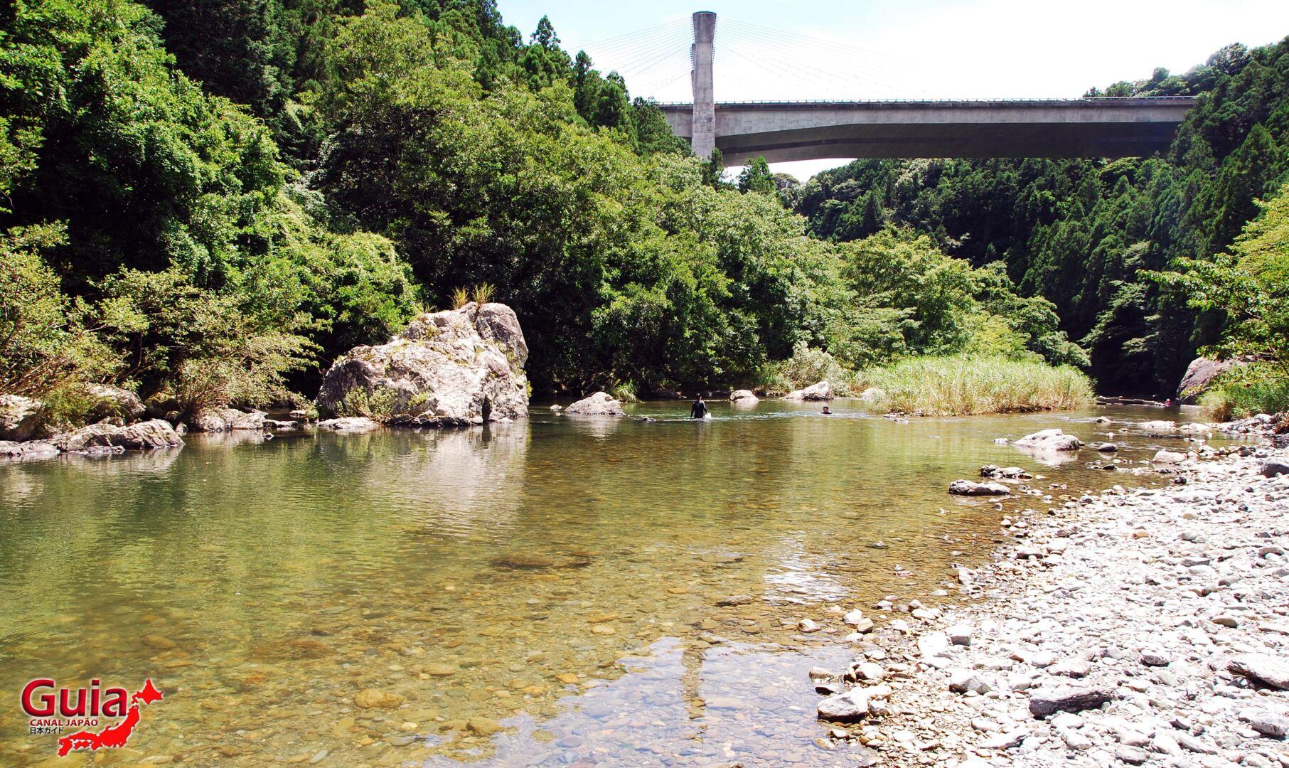 Cachoeira Sengen - 仙厳の滝 5
