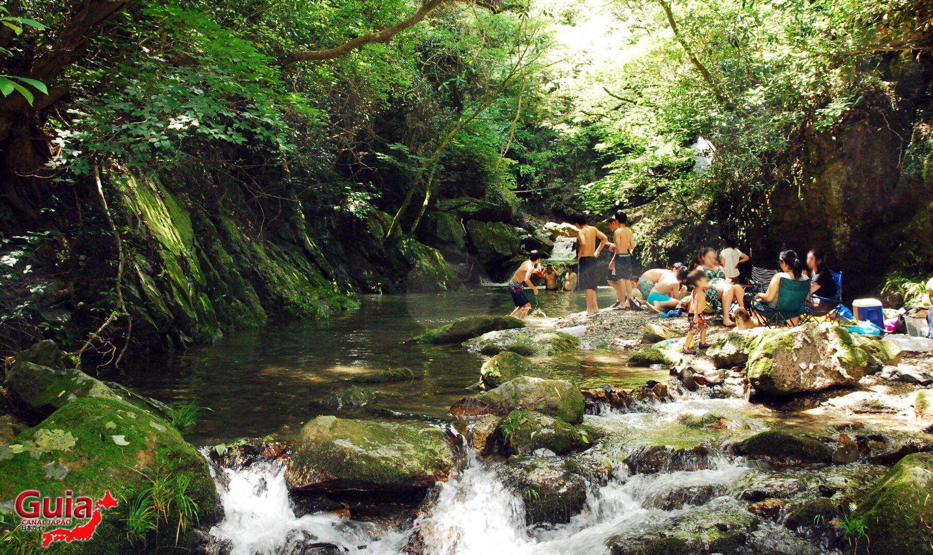 Cachoeira Sengen - 仙厳の滝 7