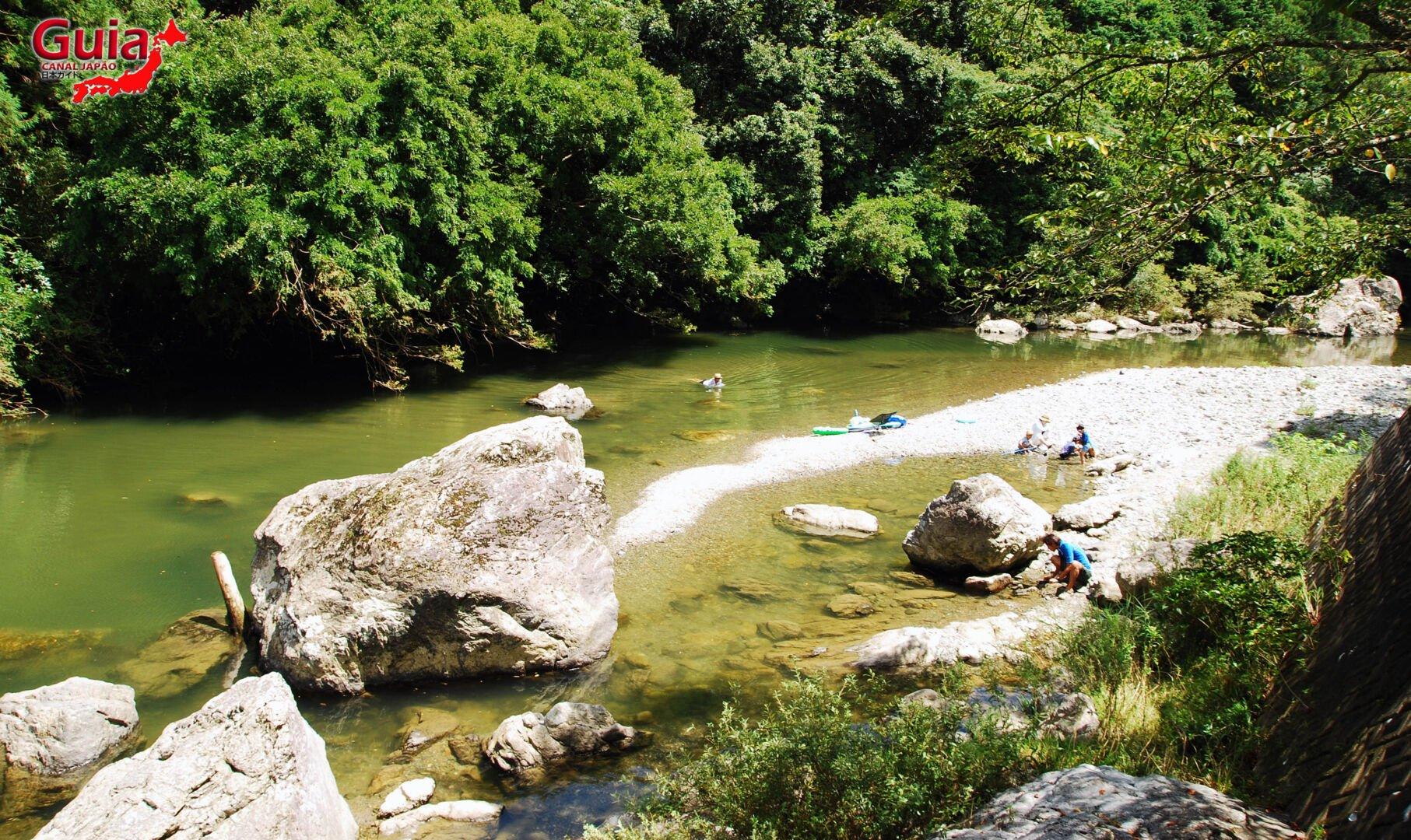 Cachoeira Sengen - 仙厳の滝 8